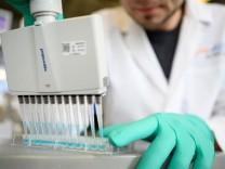 Coronavirus: Biontech plant Zulassungsantrag für Corona-Impfstoff