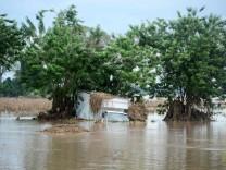 "Tropensturm: ""Eta"" trifft auf Florida"