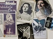 Verschüttete Biografie: Suchbildmit Tänzerin