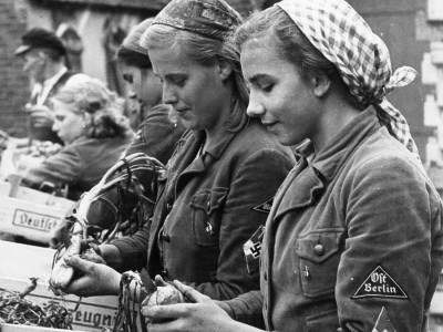 Historie des Agrarministeriums: Brot und Völkermord