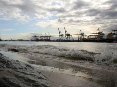 Eine böse Kulturgeschichte Hamburgs: Wo als nasses Grab die Elbe ruft