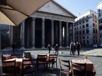 Italien: Und Pizza am Sonntag!