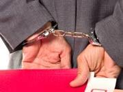 Arbeitsrecht: Selbst wer Kleinigkeiten mitgehen lässt, riskiert die Kündigung.