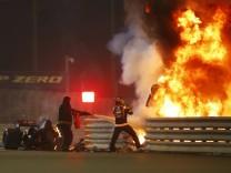 Grosjeans Unfall in der Formel 1: Aus den Flammen befreit