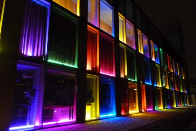 """Verein """"Licht und Kunst e.V."""" Ismaning, gegründet von Robert Risinger und Edeltraud Obermayr, illuminiert Objekte und Orte; Lichtkünstler"""