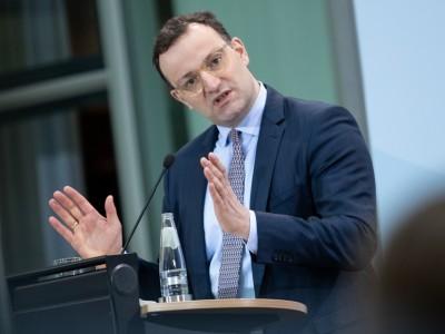 Coronavirus in Deutschland: Spahn weiter gegen Impfpflicht: Habe mein Wort gegeben