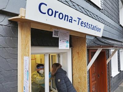 Coronavirus in Deutschland: Mehr als zwei Millionen Corona-Infektionen in Deutschland