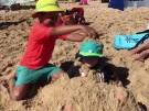 Hitzewelle treibt Australier an den Strand (Vorschaubild)