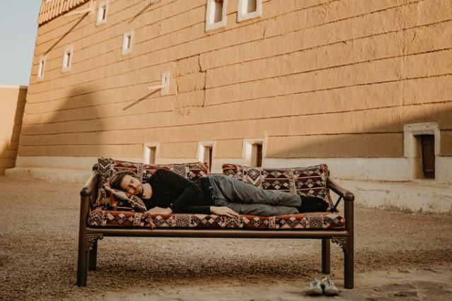 """Couchsurfung in Saudi-Arabien"" / Malik Verlag"