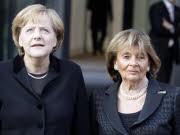 Angela Merkel, Charlotte Knobloch, Reuters