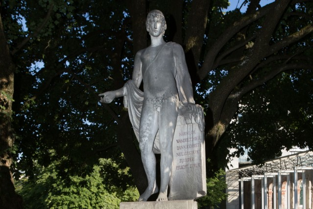 Harmlos-Statue in München, 2019