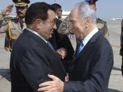 Peres, Mubarak, Reuters