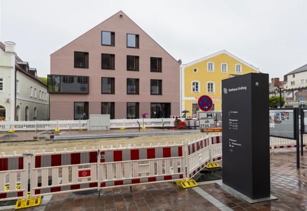 Rathauserweiterung vor Inbetriebnahme