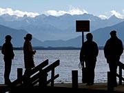 Spaziergänger Starnberger See dpa