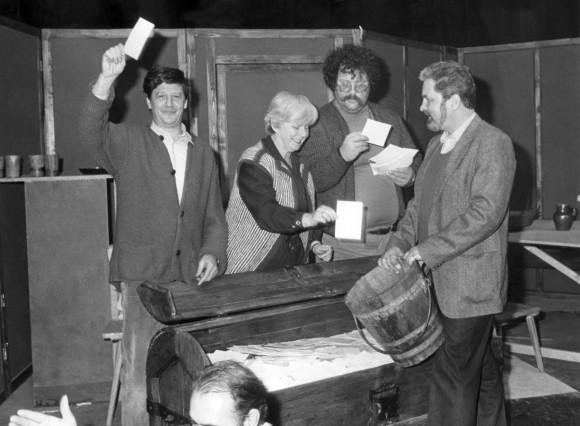Verlosung von Freikarten für das Münchner Volkstheater, 1983