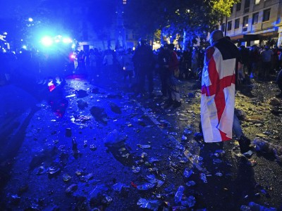 Randale und Rassismus in England: We'll be back