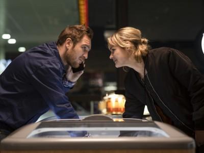 """Generation Beziehungsunfähig"" im Kino: Liebe trotz Tinder"