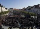 Zehntausende bei Trauerfeier für Haider (Bild)
