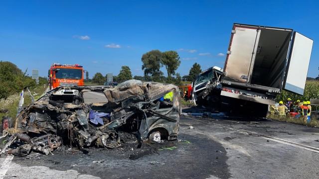 Tödlicher Autounfall bei Schrobenhausen