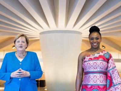 Chimamanda Ngozi Adichie und Angela Merkel: Was sie verbindet