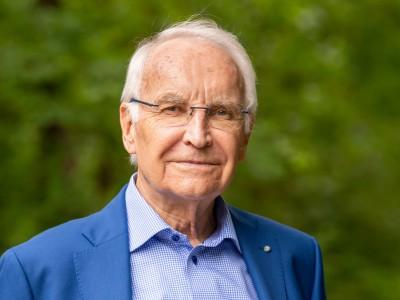 Coronavirus-Newsblog für Bayern: Ex-Ministerpräsident Stoiber mit Corona infiziert