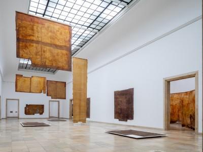 Ausstellung in München: Räumen die Haut abziehen