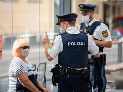 Coronavirus-Newsblog für Bayern: Gericht erkennt Infektion eines Polizisten als Dienstunfall an