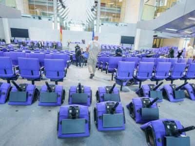 Konstituierende Sitzung: Sturmfreie Bude