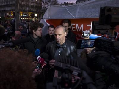 """Yanis Varoufakis' Buch """"Ein anderes Jetzt"""": Wie ein sehr langer Abend in einer WG-Küche"""