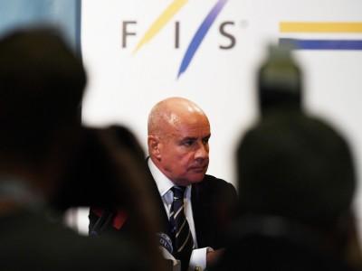 Präsident des Ski-Weltverband Fis: Schlingerstart des neuen Lenkers
