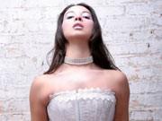 Wie sexy darf ein Brautkleid sein?