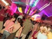 Studenten in der Disko