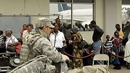 Haiti Erdbeben US Armee USA Blackwater Söldner Sicherheit Mob Plünderungen, AFP