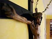 Kruzifix im Klassenzimmer ddp
