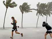 Tropensturm Fay, AP