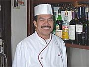 Der Koch im Rüen Thai: Mahama Triseh.