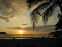 Abendstimmung in Quepos an der Pazifikküste