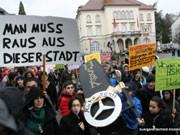 Protest in Sindelfingen gegen die geplante Schließung der Klostergartenschule, Foto: Foto: buergerentscheid-klostergarten.de