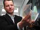 Der Stasi-Schnipsel-Scanner (Bild)