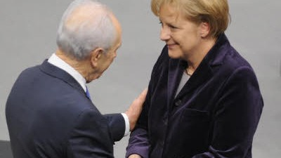 Holocaust-Gedenktag Peres in Berlin