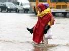 Hunderttausende fliehen vor Hochwasser (Bild)