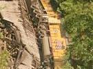 Zug mit Shuttle-Raketenteilen entgleist (Bild)