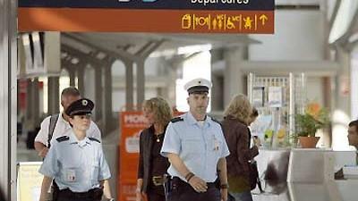 Festnahme am Flughafen