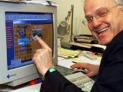 Ruettgers vorm Computer; dpa