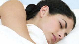 Zähneknirschen im Schlaf, ddp