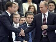 Medwedjew und Putin, dpa