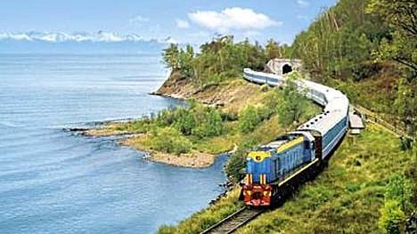 Die Transsib am Baikalsee