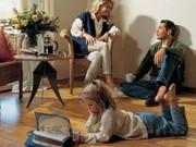 familie im gespräch ; BVF / ddp
