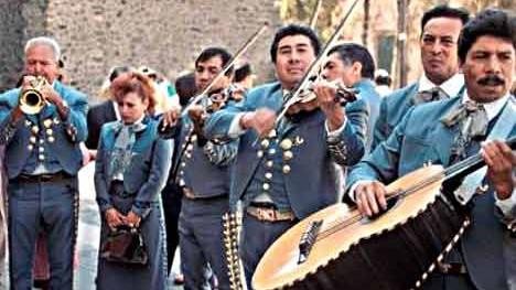"""Die """"Mariachi"""" sind traditionelle Musikanten, dpa"""