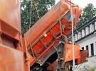 Güterzug steht senkrecht (Bild)